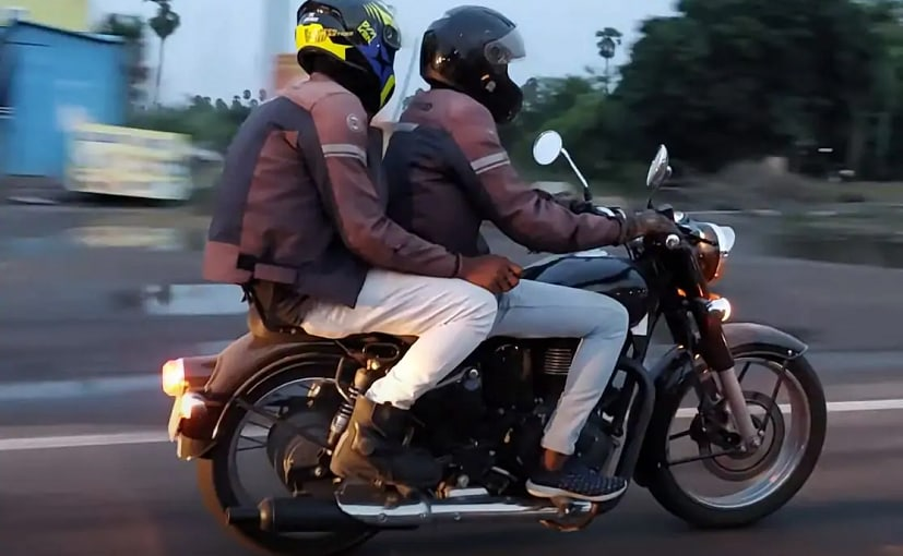 The new Royal Enfield Classic 350 motorcycle appears to be production ready.