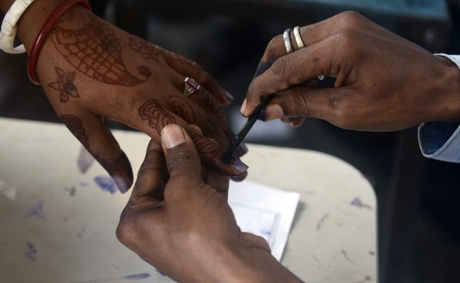 Election Commission Orders Repolling In One Booth In West Bengal