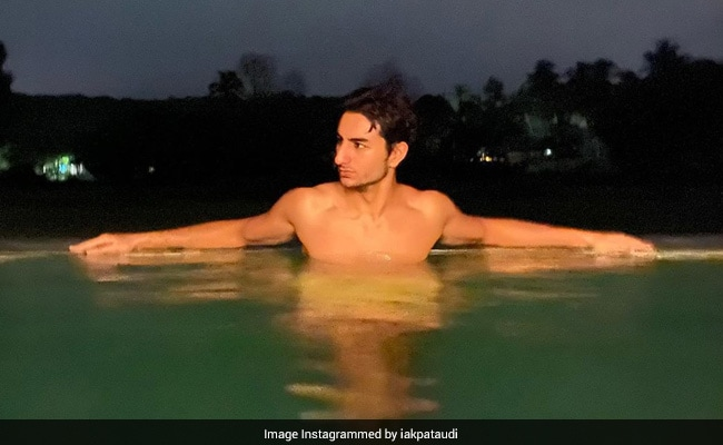'If You're Going Through Hell, Keep Going': Sara Ali Khan's Brother Ibrahim's Post