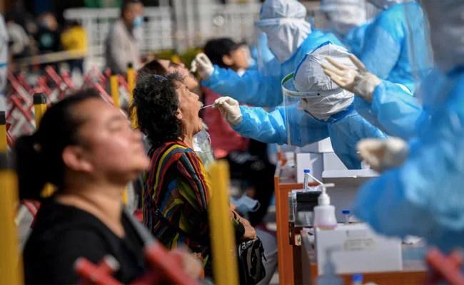 दुनिया भर में चार करोड़ के पार हुई Covid-19 के कुल संक्रमित मरीजों की संख्या : रिपोर्ट