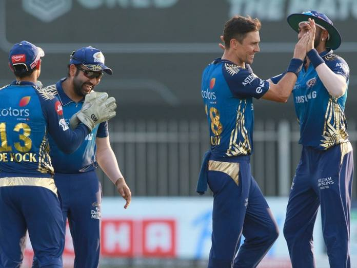 IPL 2020 LIVE Score, MI vs SRH Todays Match Live Updates: David Warner Falls, Abdul Samad-Abhishek Sharma Keep SunRisers Hyderabad In Hunt