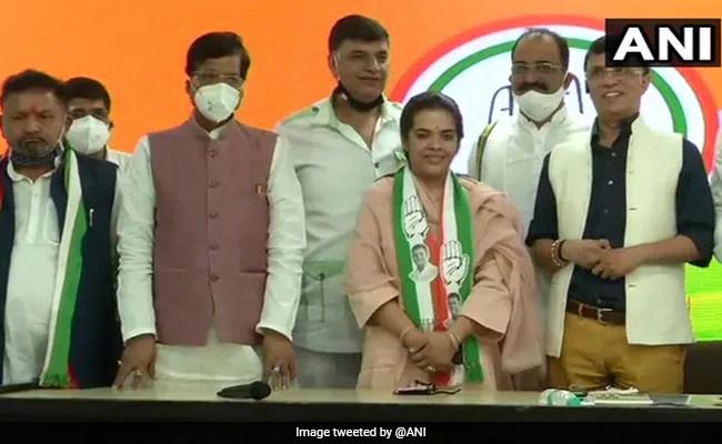 Sharad Yadav's Daughter Joins Congress Ahead Of Bihar Assembly Polls