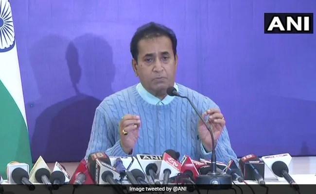 महाराष्ट्र सरकार के पूर्व मंत्री अनिल देशमुख ने भ्रष्टाचार मामले में सुप्रीम कोर्ट की मंजूरी ली