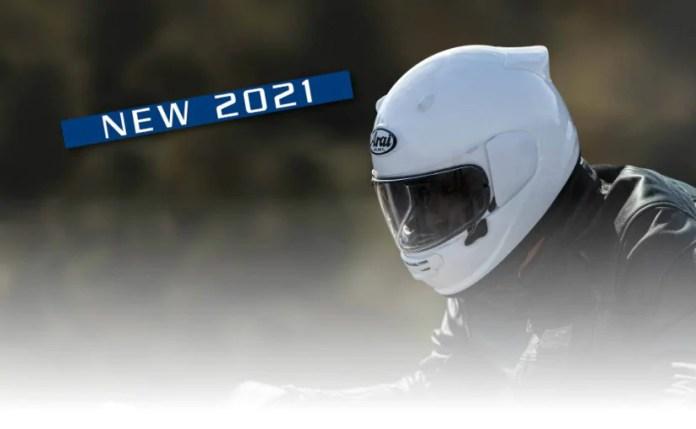 अराइ क्वॉनिक हेलमेट रेंज की कीमतें GBP 500 (50,000 रुपए) से शुरू होती हैं।