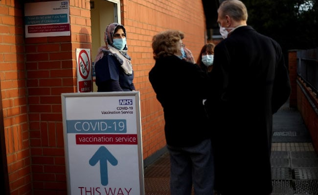 Britain To Offer Third Covid Vaccine Shot To All Above 50 In Autumn: Report