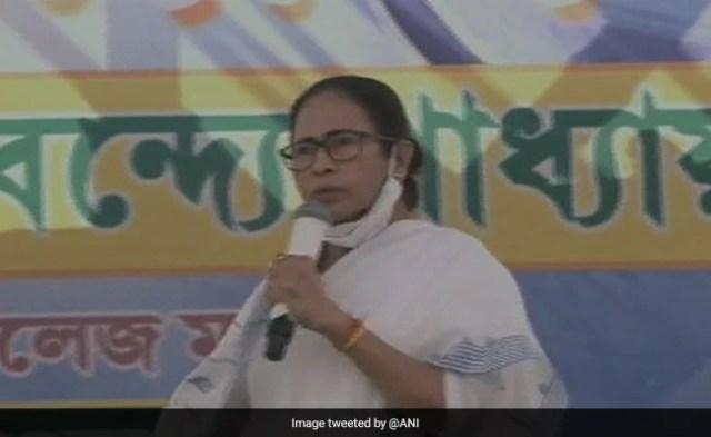 Mamata Banerjee Criticises BJP For Abolishing Planning Commission