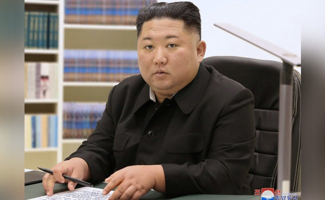 Kim Jong Un Says Must Prepare For 'Dialogue And Confrontation' With US: Report