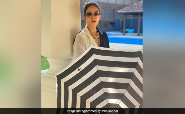 Mira Rajput's Latest Pic From Goa Vacation With Sassy Advice From Moira Rose