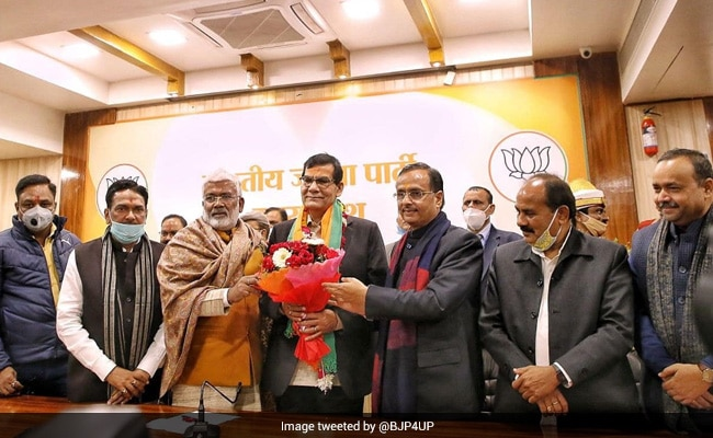 PM Modi's Trusted Officer Of 20 Years Joins BJP, May Get Big UP Role
