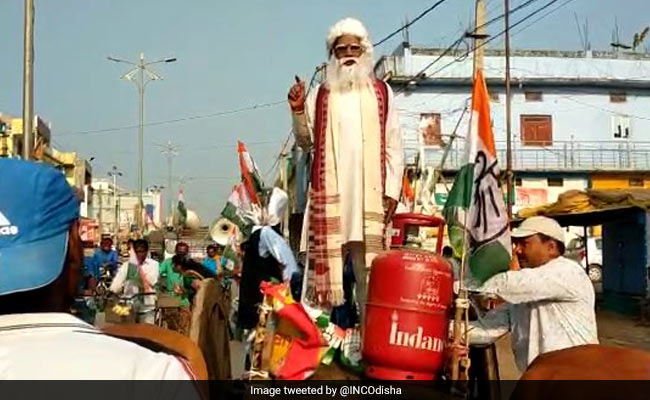 Congress Worker On Bullock Cart Questions People About Fuel Price Hike