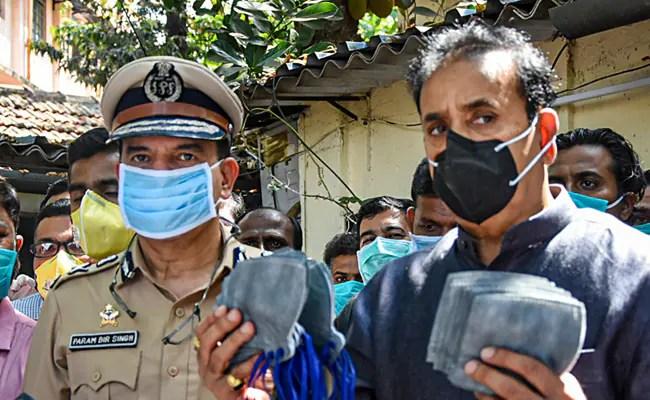 Param Bir Singh: Ex-Mumbai Police Commissioner Accuses Anil Deshmukh, Maharashtra Home Minister, Of Corruption
