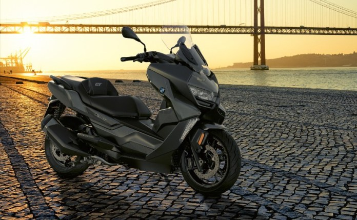 The BMW C 400 GT is a maxi-scooter imported as a completely built-up unit (CBU)