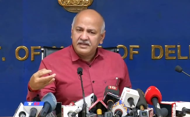 Hospitals Shouldn't Unnecessarily Raise Alarm For Oxygen: Manish Sisodia | Latest News Live | Find the all top headlines, breaking news for free online April 25, 2021