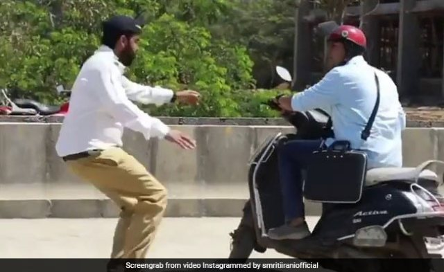 The Curious Case Of The Speeding Scooterist In Smriti Irani's ROFL Video