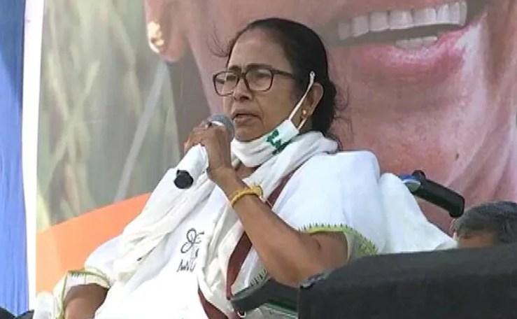 Mamata Banerjee Trailing BJP's Suvendu Adhikari In Nandigram In Early Counting