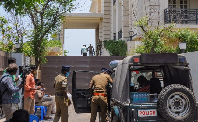 No Cash But 'Incriminating' Evidence Found, Say Tax Officials On DMK Raid