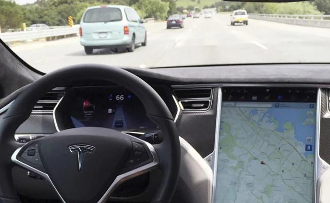 Tesla Settles Lawsuit Against Former Employee Over Autopilot Source Code