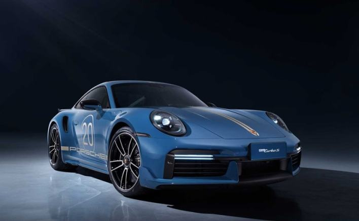 Officially, this special model is called the 911 Turbo S Porsche China 20th Anniversary Edition