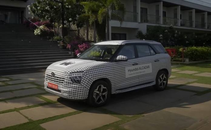 The Hyundai Alcazar 7-seater premium SUV will make its global debut on April 6, 2021