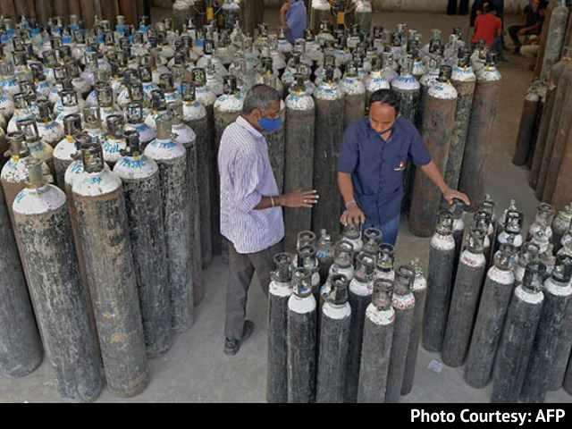 'चेताए जाने के बावजूद ऑक्सीजन विदेश क्यों भेज रही थी मोदी सरकार' कोविड हालातों को लेकर कांग्रेस के गंभीर आरोप