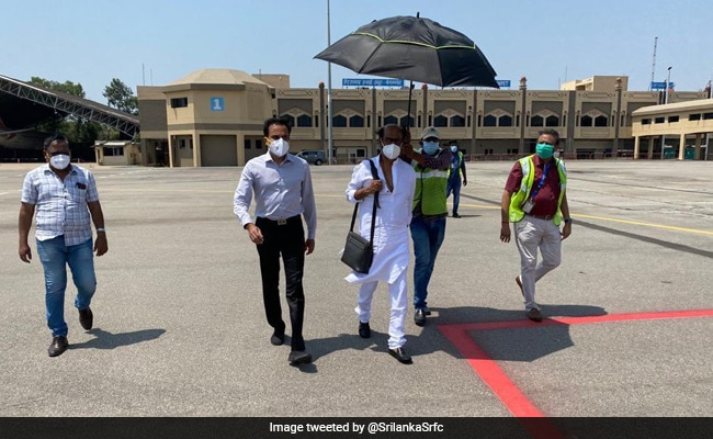 Trending: Rajinikanth Is Back In Chennai After Wrapping Annaatthe Shoot In Hyderabad
