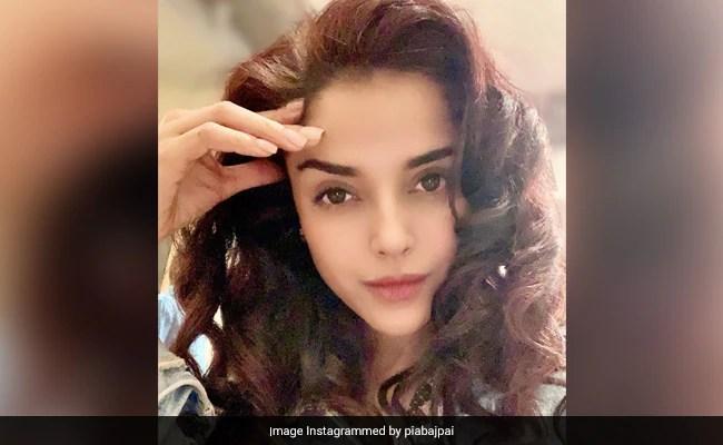 अभिनेत्री पिया बाजपेई की भाई-बहन की मृत्यु COVID-19 घंटे के बाद उसने उत्तर प्रदेश में ICU बेड के लिए अपील की