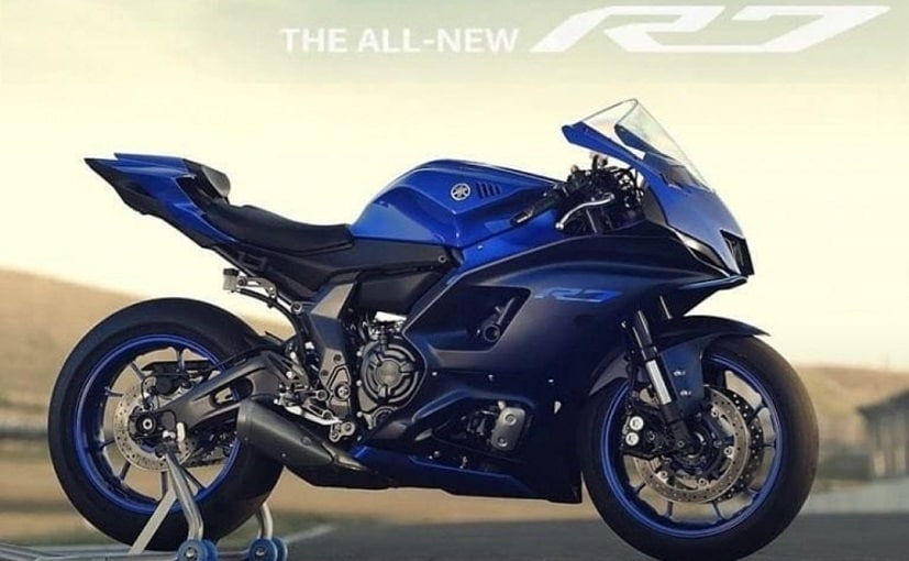 The bike can be seen donning Yamaha's signature Blue colour scheme