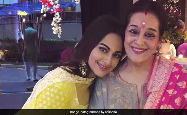 Mother's Day: From Madhuri Dixit To Sonakshi Sinha, Actors Send Wishes
