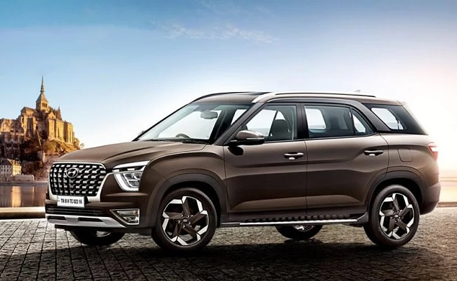 The new Hyundai Alcazar is the 3-row version of the Creta, and it will be launched on June 18, 2021