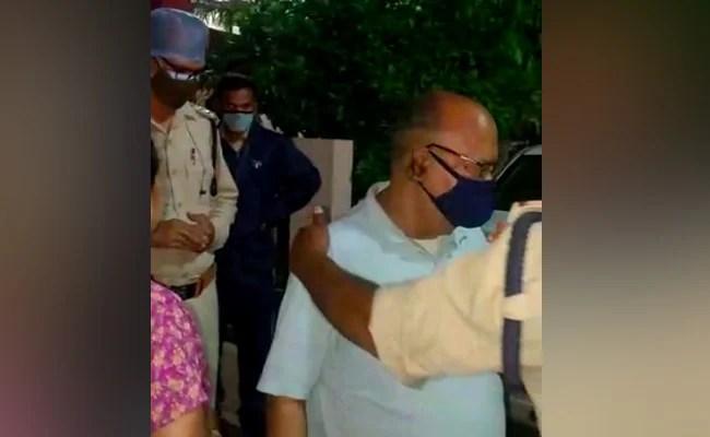 पत्नी को काटने के लिए इंदौर के व्यक्ति ने मृत पड़ोसी के पालतू कुत्ते को गोली मारी: पुलिस