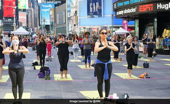 Times Square Celebrates International Yoga Day With Over 3,000 Yogis