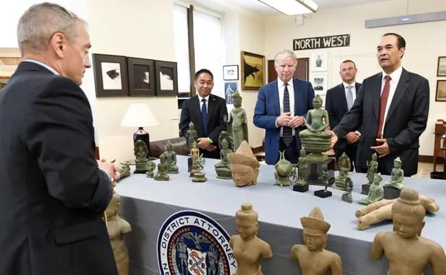 US Returns 27 Stolen Antiquities, Valued At .8 Million, To Cambodia