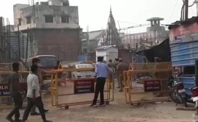 वाराणसी: काशी विश्वनाथ कॉरिडोर में जर्जर इमारत गिरने से 2 की मौत, 8 घायल