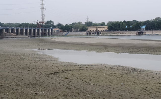 Water Levels In Yamuna At Lowest Point In 56 Years: AAP Minister
