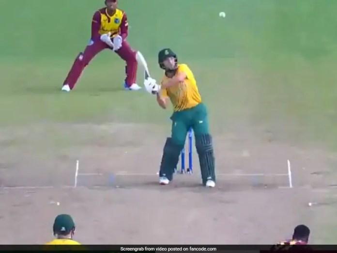 Watch: AB De Villiers, Dale Steyn React To Umpiring