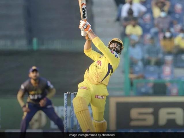 देखें: रवींद्र जडेजा ने चेन्नई सुपर किंग्स के पक्ष में मैच को मोड़ने के लिए 4 गेंदों में 20 रन ठोके