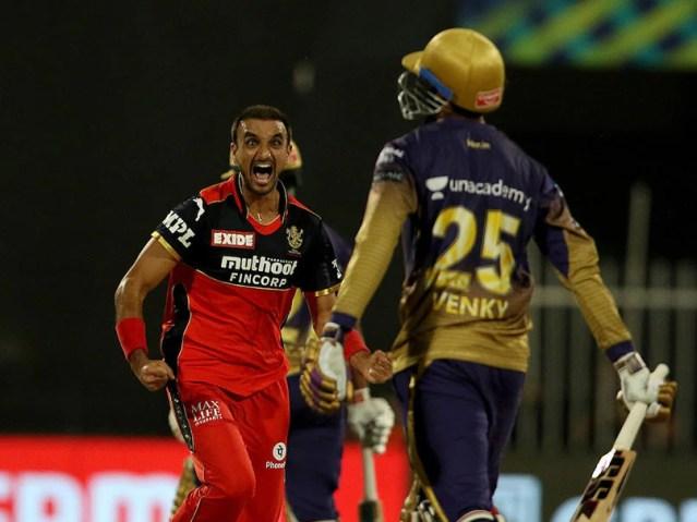 हर्षल पटेल ने सिंगल आईपीएल सीजन में सबसे ज्यादा विकेट लेने के ड्वेन ब्रावो के रिकॉर्ड की बराबरी की