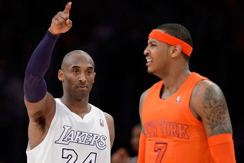Crăciunul nu a fost foarte vesel pe teren pentru New York Carmelo Anthony (dreapta) ca Knicks a scăzut la Kobe Bryant și Lakers.