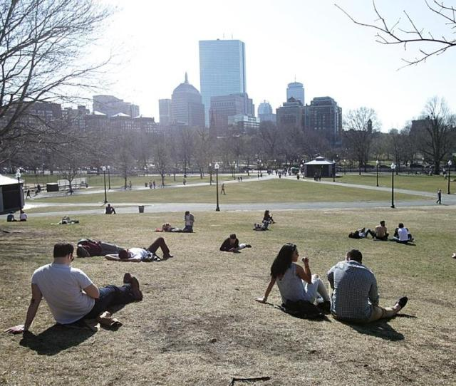 With Temperatures Clearing  Degrees In Boston Wednesday Lunchbreaks Classes And Meetings All