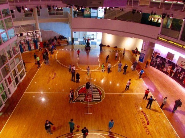 Hoop dreams live on at Basketball Hall of Fame in ...