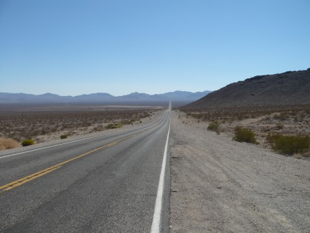картинки : пейзаж, природа, дорожка, пустыня, гора, Дорога ...