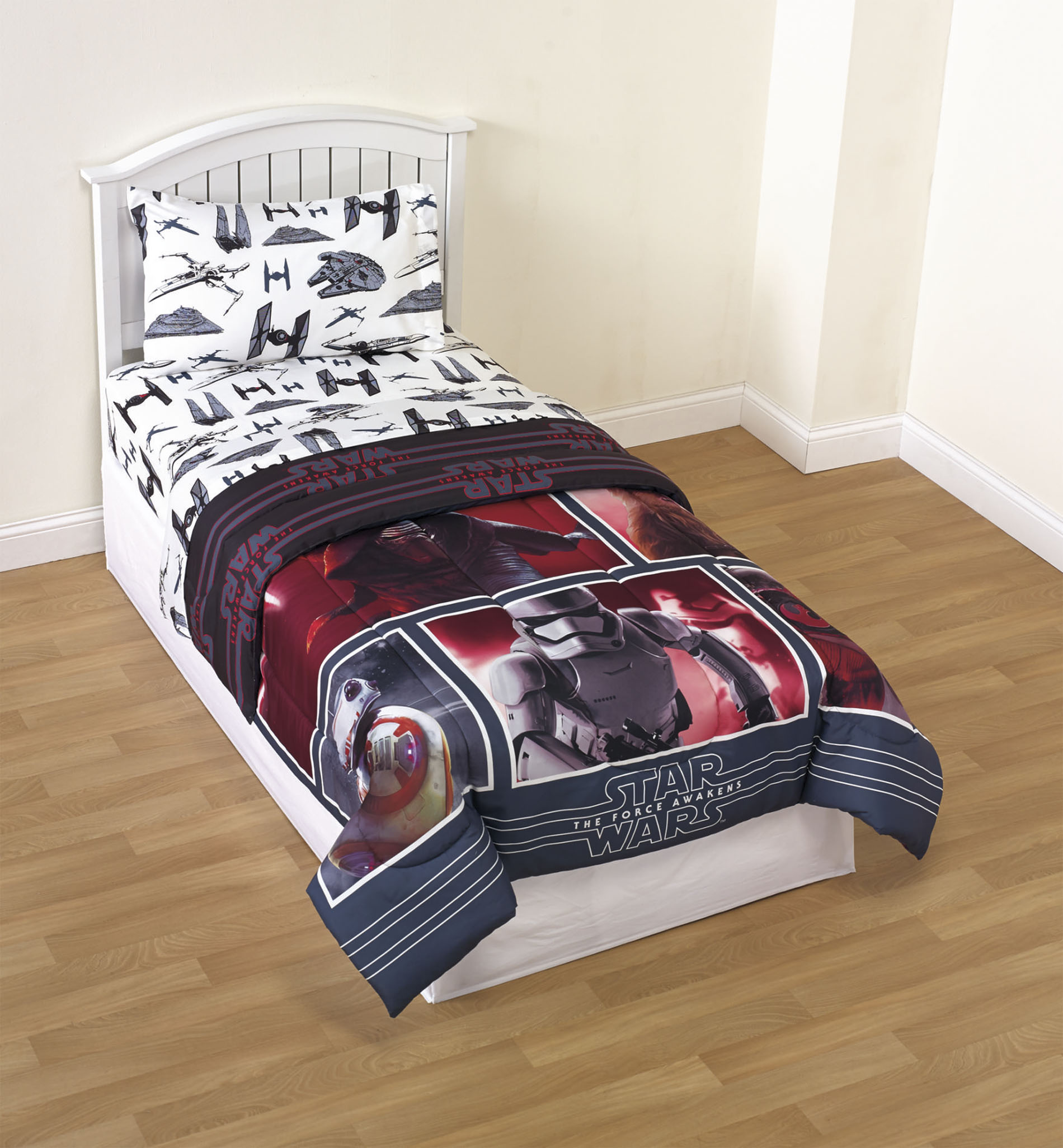 Star Wars The Force Awakens Reversible Comforter