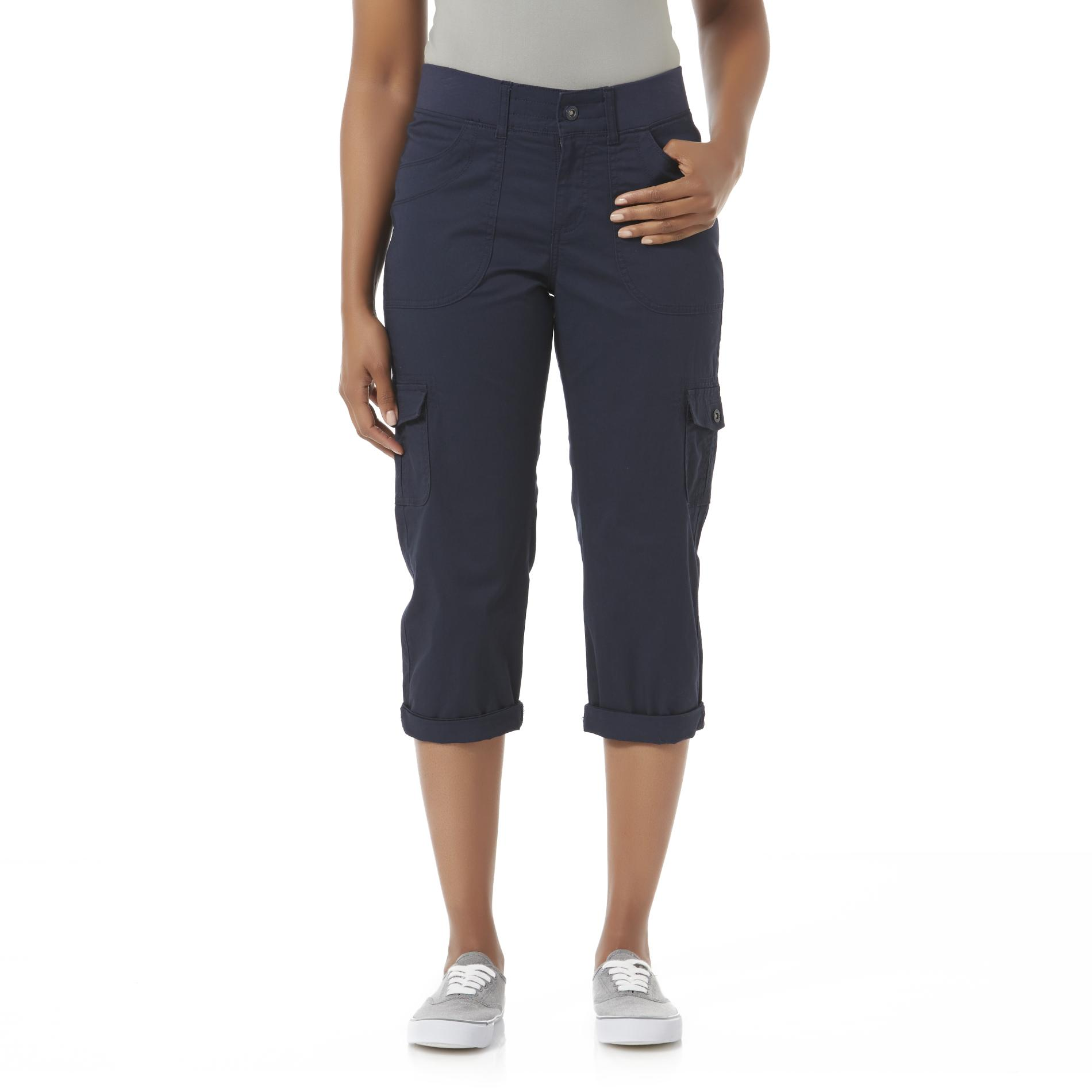 LEE Women's Relaxed Fit Capri Cargo Pants
