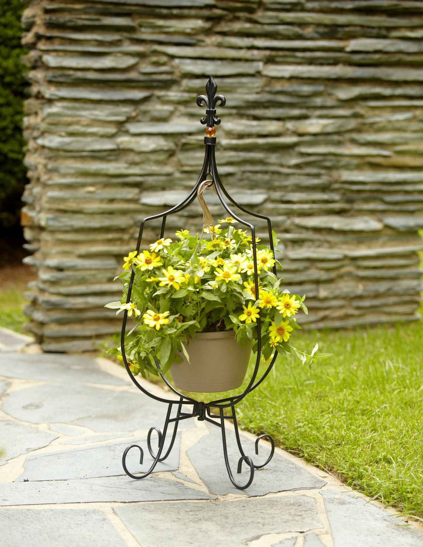 Garden Oasis Hanging Basket Plant Stand on Hanging Stand For Plants  id=40384