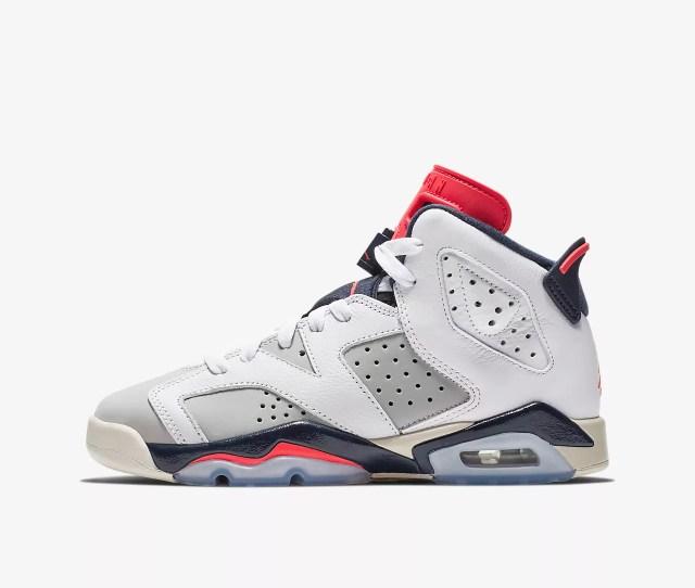 Air Jordan  Retro Big Kids Shoe