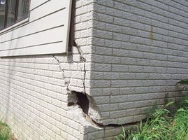 Large foundation crack on the corner of a house