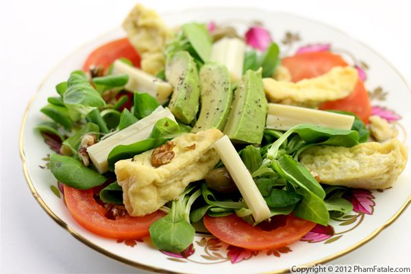 Image source: http://www.phamfatale.com/id_3188/title_Avocado-Tomato-Salad-Light-Salad-Recipe/