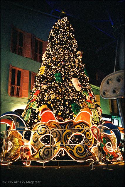 Christmas Tree Christmas Tree Clarke Quay Singapore