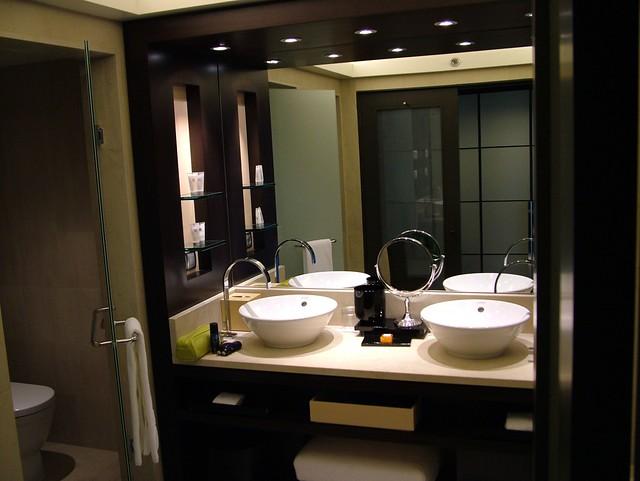 Fancy Bathroom Accessories