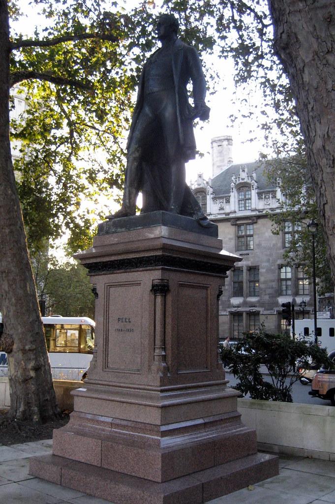 Uk London Westminster Parliament Square Robert Peel